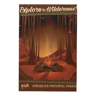 Undersök vildmarken! Lägret avfyrar affischen Trätavla