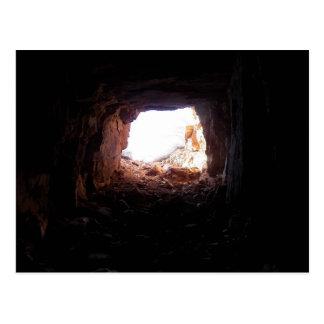 Undersökning av grottor som skådespelaren Sean som Vykort