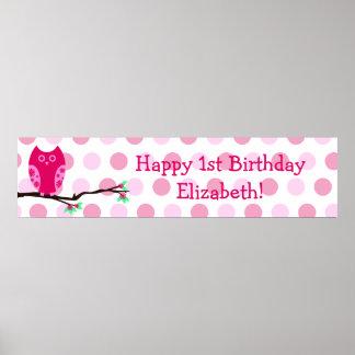 Undertecknar den 1st födelsedagpersonligen för den poster