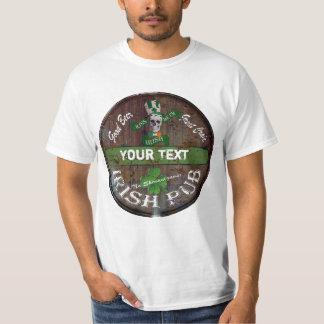 Undertecknar den irländska puben för personligen tee shirts