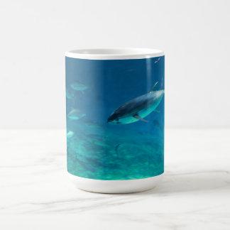 Undervattens- tonfisk kaffemugg