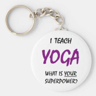 Undervisa yoga rund nyckelring