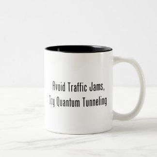 Undvik trafikstockningar, försökQuantum att gräva Två-Tonad Mugg