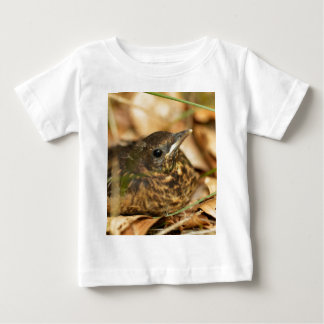 Ung Blackbird (Turdusmerulaen) Tee Shirts