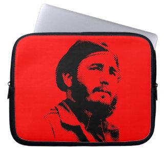 Unga Fidel med en drömlik looklaptop sleeve