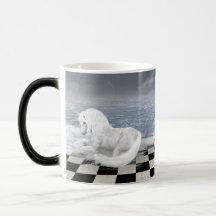 Unicorn i overklig sjölandskapmorfmugg kaffe kopp