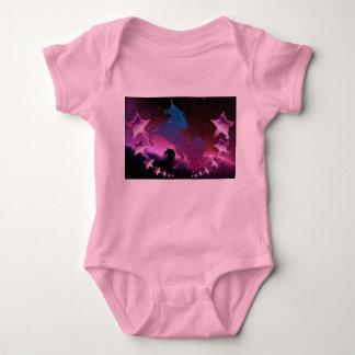 Unicorn med stjärnor t-shirts