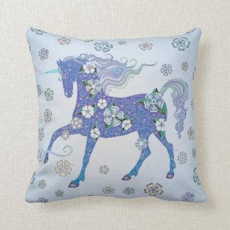 Unicornblek - blått i blommor kudde