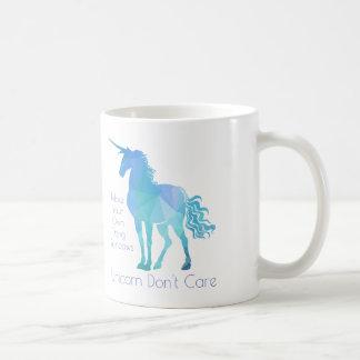 Unicornen att bry sig inte kaffemugg