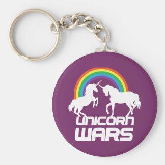 Unicornen kriger med regnbågen rund nyckelring