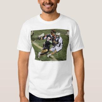 UNIONDALE NY - AUGUSTI 06:  Brian Karalunas #25 T-shirts
