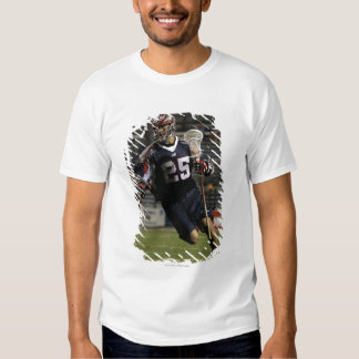 UNIONDALE NY - JULI 16:  Jason Duboe #25 2 T-shirts