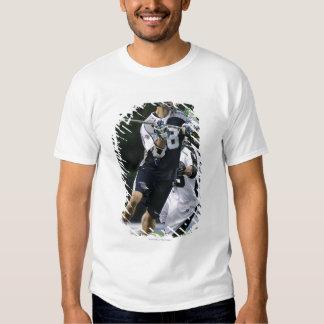 UNIONDALE NY - JUNI 16:  Ben jakt #18 2 T-shirts