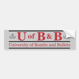Universiteten av bombarderar & kulor bildekal