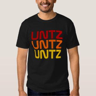Untz Untz Untz röd orangegult T-shirts