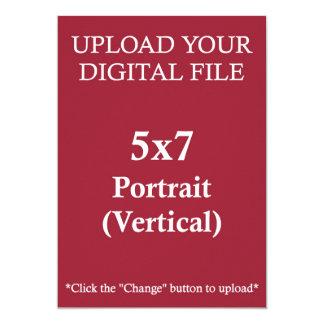Upload dina egna 5 x 7 som designen med kvadrerar 12,7 x 17,8 cm inbjudningskort