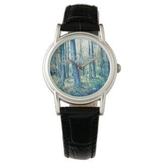 Upload ditt foto, den drömlika skogen, damklocka armbandsur