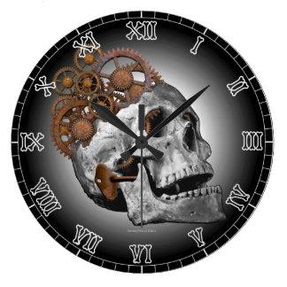 Urverkskallen förser med kuggar det gotiska stor klocka