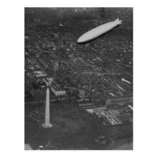 """Us-airshipen """"USS Los Angeles"""" ZR3 som flyger över Vykort"""