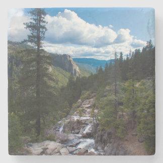USA Kalifornien. Yosemite dalutsikt Stenunderlägg