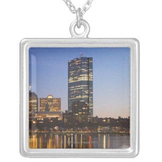 USA Massachusetts, Boston horisont på skymningen Silverpläterat Halsband