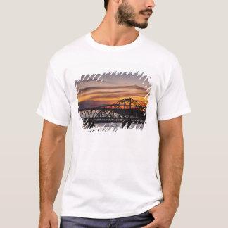 USA Mississippi, Vicksburg. Huvudväg I-20 och T-shirts
