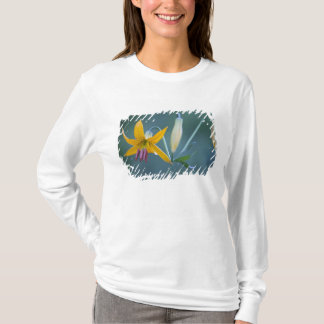 USA WA, Mount Rainier nationalpark. Columbia T Shirt