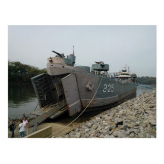USS-LST 325 som anslutas i Clarksville Tennessee Vykort