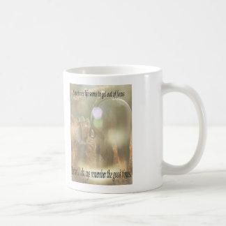 Ut ur fokusera: Cowgirl och hjortläder Kaffemugg