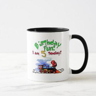 Utbilda 5th födelsedagTshirts och gåvor Mugg