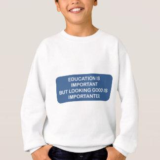 Utbildning är den viktiga tittar bran är tröja