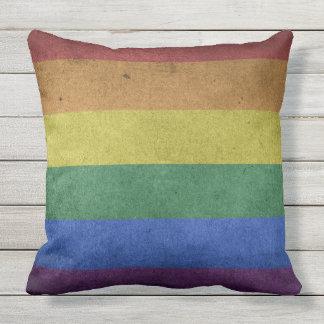 Utomhus- dämpa dekoren för prideflaggaregnbågen kudde