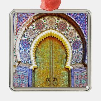Utomordentligt specificerad marockansk mönsterdörr silverfärgad fyrkantigt julgransprydnad