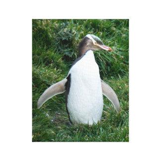 Utsatt för fara gult synad pingvinkanfas canvastryck