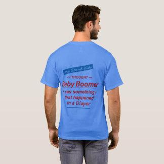 Utskrivavet på den tillbaka t-skjortan. Stolt Tee Shirts