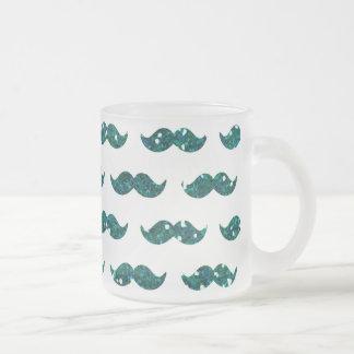 Utskrivavet roligt mönster för turkosglittermustas frostad glas mugg