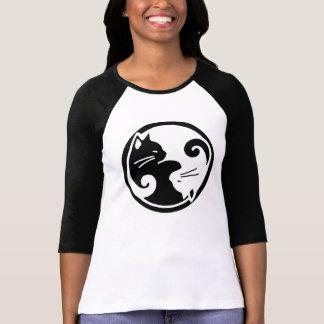 Utslagsplats för sleeve för Yin Yang kattRaglan T Shirts