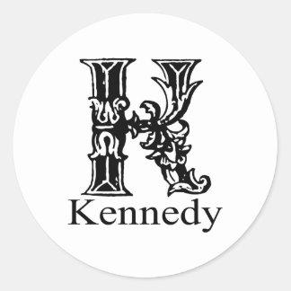 Utsmyckad Monogram: Kennedy Runt Klistermärke