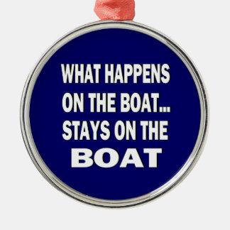 Vad händer på fartygstagen på det roliga fartyget julgransprydnad metall