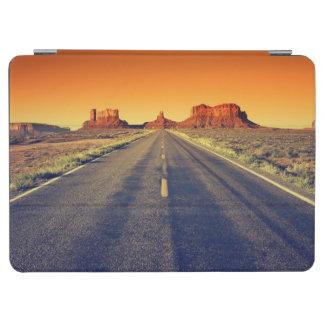 Väg till monumentdalen på solnedgången iPad air skydd