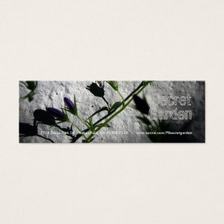 Vägg med blåklockor litet visitkort