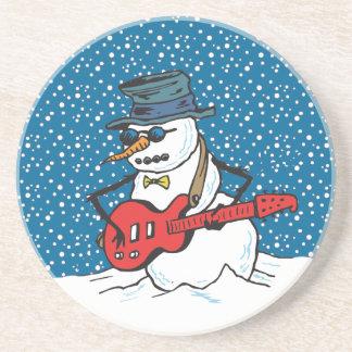 Vagga snögubben som leker en gitarr underlägg