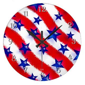 Vågigt patriotiska blåttstjärnor över röda & stor klocka