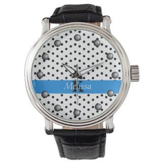 Vågigt svarten på vit pricker blåttrandmonogramen armbandsur