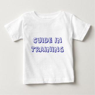 Vägleda i utbildning t-shirts