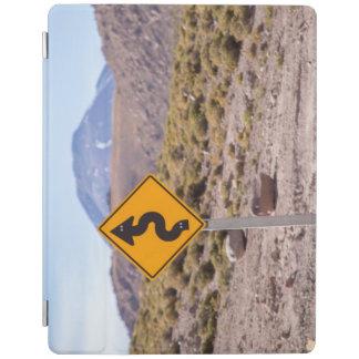 Vägmärke i den Atacama öknen iPad Skydd