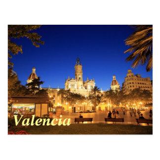 Valencia: Plaza Ayuntamiento vid natt Vykort