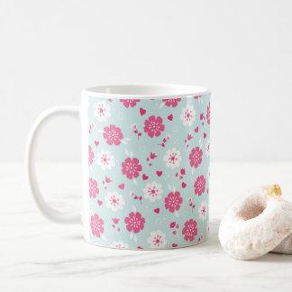 Valentin dag blommar rosa hjärtor kaffemugg