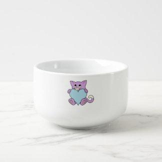 Valentin den purpurfärgade katten för dag med soppmugg