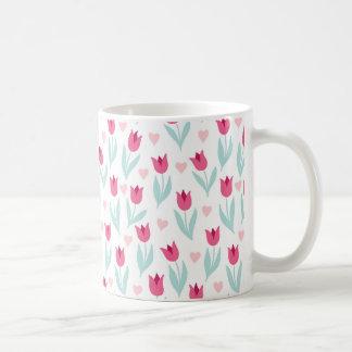 Valentin hjärtor för blommor för tulpan för dag kaffemugg